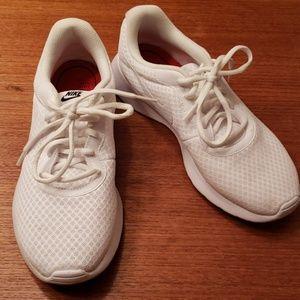 Nike EUC